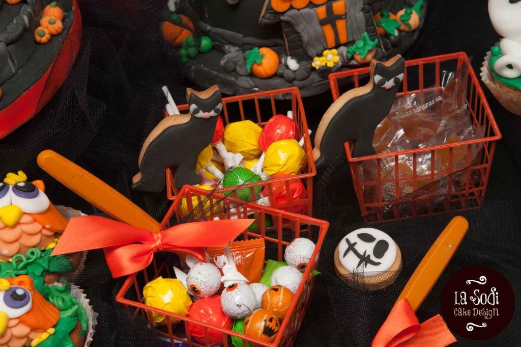 candy buffet di halloween con caramelle