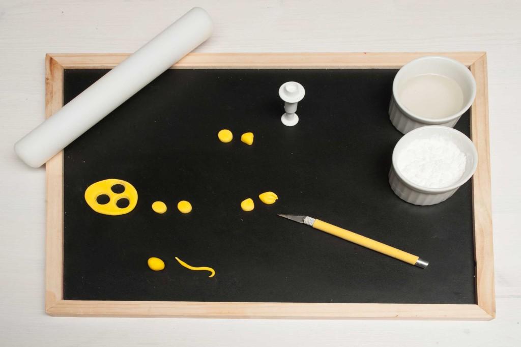 tutorial gufetti: pdz gialla per il becco e le zampine
