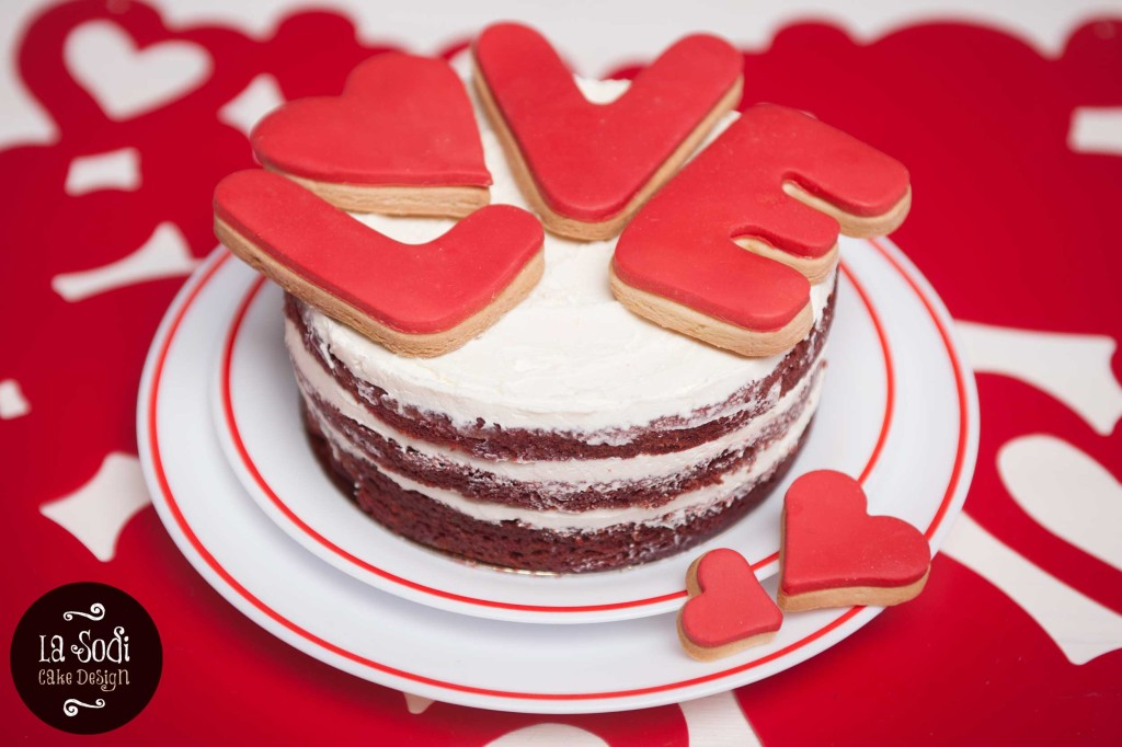 tota red velvet per san valentino