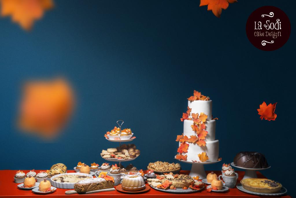 torta al cioccolato e tavolo dei dolci